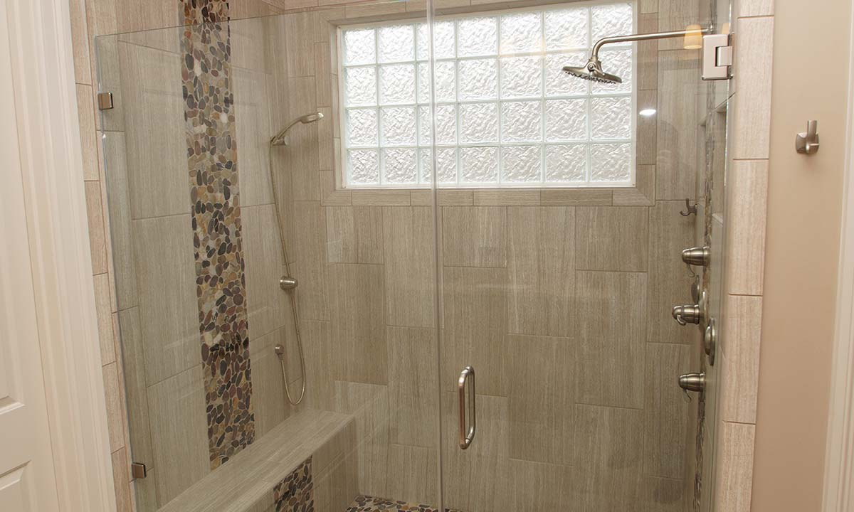 New double headed shower with diffused glass block window